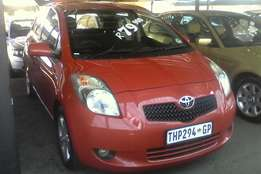 07 Yaris for sale.