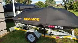 Custom Boat and Jetski Covers