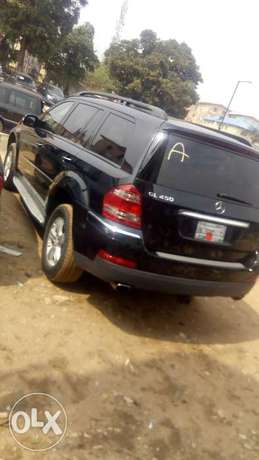 Sparkling clean Mercedes benz GL 450 4matic for sale Ejigbo - image 2