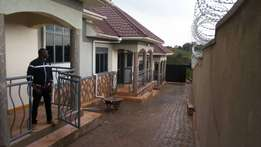 Executive two bedroom house for rent in kira at 450k
