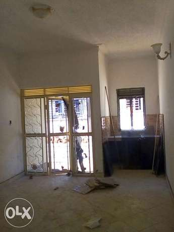 Brand new double room self contain house for rent in Kisaasi Kampala - image 2