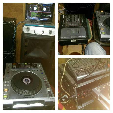 Club DeeJay with turntables for Hire friendly prices Kangemi - image 1