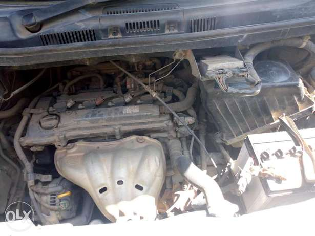 Toyota Noah, used but clean, 2000cc,yom 2005...clean lgbk 1st owner Section 58 - image 4