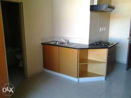 Open plan bachelor flat available for rent