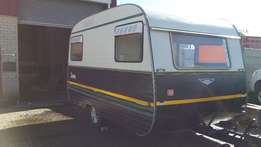 For Sale: Jurgens 1977 Model Caravan – Was R49 000 and now R39 000!