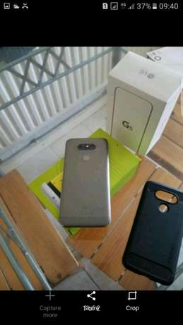 LG G5 32gb lte titanium grey as new 4gb ram in with accesories situate Fordsburg - image 2