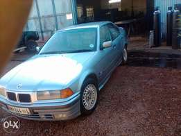 Bmw 328 i not runing selling as is or swob
