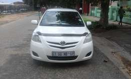Toyota yaris T3 1.6 white in color automatic 2008 model 89000km R88000