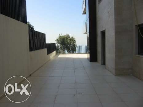 300 sqm GF apartment + 2 terraces in Mtayleb-Rabieh