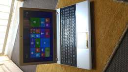 Samsung RV511 laptop for sale very good condition R2400