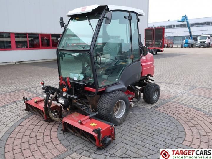 Toro LT3340 Cylinder 3-Reel 4WD Diesel Mower 212cm - 2012