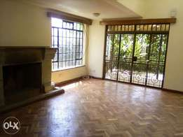 4bedroom townhouse for sale