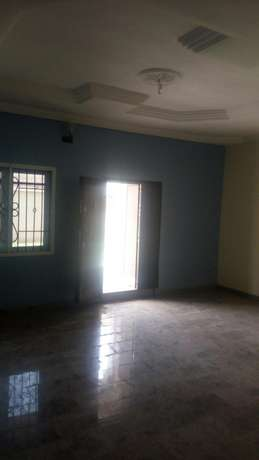 Luxury 4bed Rooms Flat at Bankole Estate Magboro Behind MFM. CofO Lagos Mainland - image 5