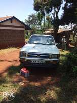 Clean Toyota hilux(local) for sale.