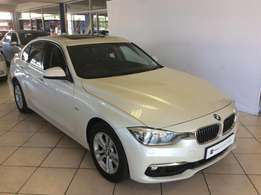 2015 BMW 320i luxury Line A/T For only R379995