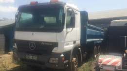 Mercedes-Benz actross tipper