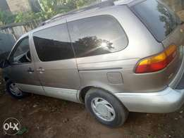Toyota sienna XLE buy and use