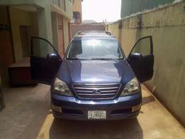 23.A sharp, smooth and neatly used Lexus Gx470, ac, cd, alloy, auto le