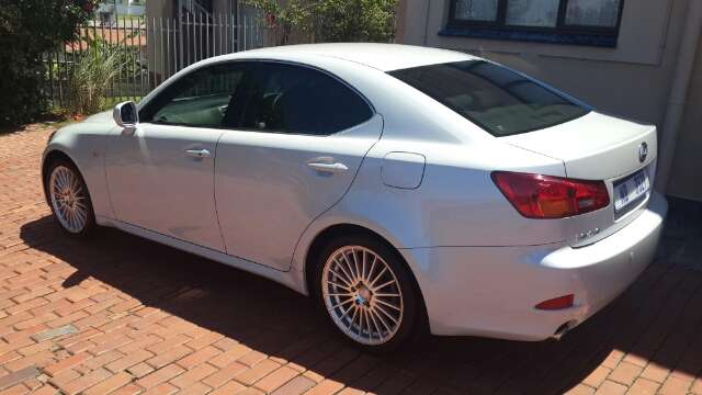 Lexus Is250 For Sale(59000 Km only) Durban North - image 2