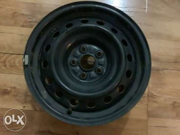 wheels and rims 4 pieces 2004 to 2010 model