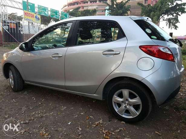 Mazda Demio Silver Woodly - image 1