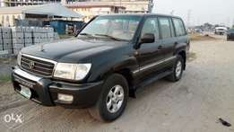 Rugged And Reliable Nig Used Toyota Land Cruiser 2000 Model With Auto