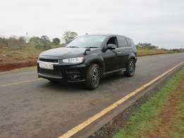 mitsubishi outlander roadest 2010