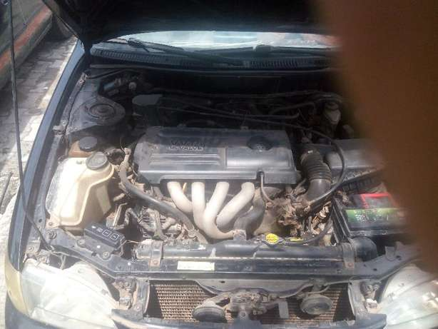 Fairly Used Toyota Corolla(2000 model) Ifako Ijaiye - image 1