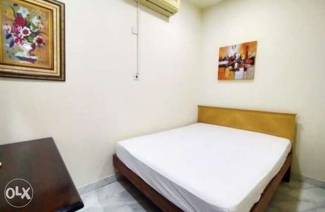 Fully Furnished 1 Bedroom Outhouse Near Almeera الوعب -  2