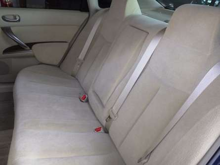 Nissan Teana 2009 Quick Sale Asking Price 1,050,000/= o.n.o Highridge - image 3