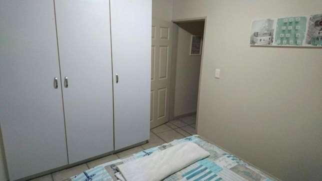 Flat to rent Sea Point - image 7