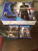 Playstation 4 slim Uncharted 4 and Mortal Kombat X