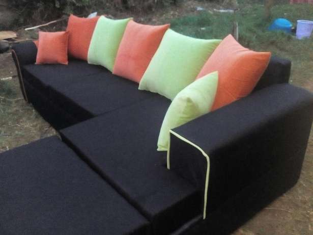 Black couch Eldoret East - image 3