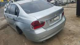Bmw e90 320D breaking for spares