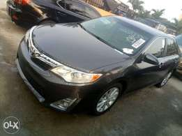Toyota Camry 2013 xle Tokunbo push to start