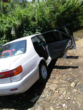 Toyota Premio old shape extremely clean Garden - image 5