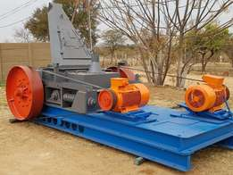Smooth drum Nordberg roller crusher