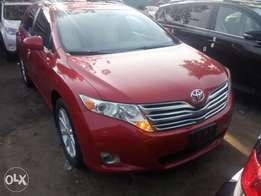 Just arrived 2010 Toyota venza. Limited edition. Direct tokunbo