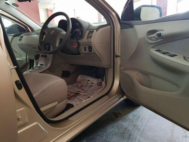 Toyota Axio Gold colour KCM number 2009 model loaded with alloy r Mombasa Island - image 2