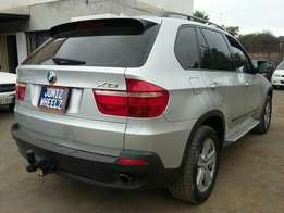 Luxurious AWD SUV-BMW X5 3litre Sunroof Seven Seater
