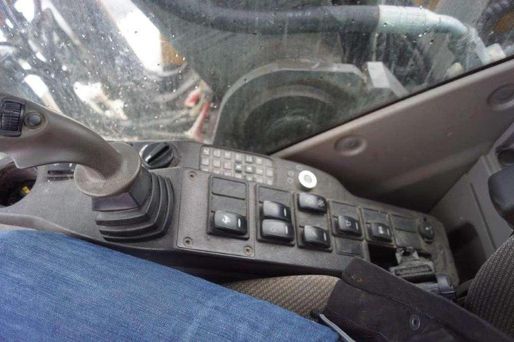 Volvo Ec180dl - 2012 - image 22