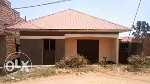 This is 3bedrooms house for sale in kawempe at 40m Kampala - image 1