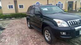 Toyota land cruiser(prado jeep)