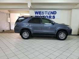 2013 Toyota Fortuner 2.5d-4d Rb A/t