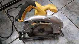 Circular Saw - Hardly Used - Power Plus
