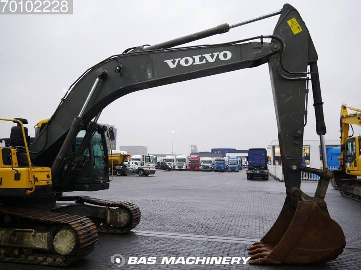 Volvo EC240C L Low hours - 2012 - image 7