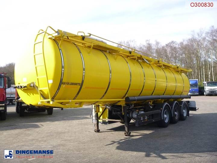 Kaessbohrer Food tank inox 30.5 m3 / 4 comp. - 2007
