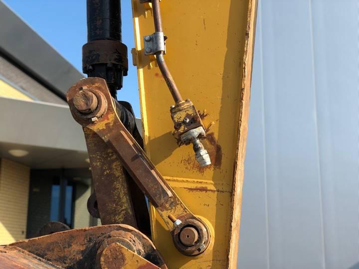 Caterpillar 325DL Hydraulic Excavator - 2008 - image 6