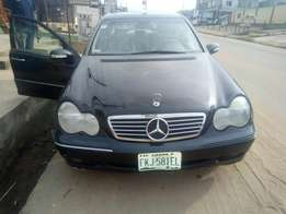 My super Mercedes Benz 04 Nigeria used urgently for sale
