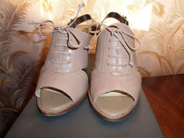 47d6a231df9d Продам босоножки Clarks  500 грн. - Женская обувь Киев на Olx